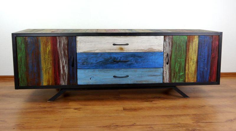 sideboard bunt