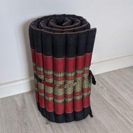 (Auslaufmodell) Nr.97 Kapok Rollmatte, Thaimatte, Gr.S, schwarz/rot