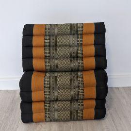 (Auslaufmodell) Nr.109 Kapok Thaikissen, Dreieckskissen, schwarz / orange, 4 Auflagen