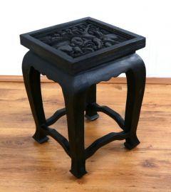 Asiatischer Tisch mit Schnitzerei, schwarz (hoch)