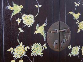 Chinesisches Highboard mit Malerei, Nr.600