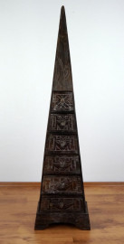 Große Schubladenkommode Pyramide aus Bali (Indonesien), dunkelbraun