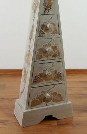 Schubladenkommode Pyramide aus Bali (Indonesien), weiß