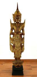 Thailändischer Tempelwächter mit dem Wai Gruß